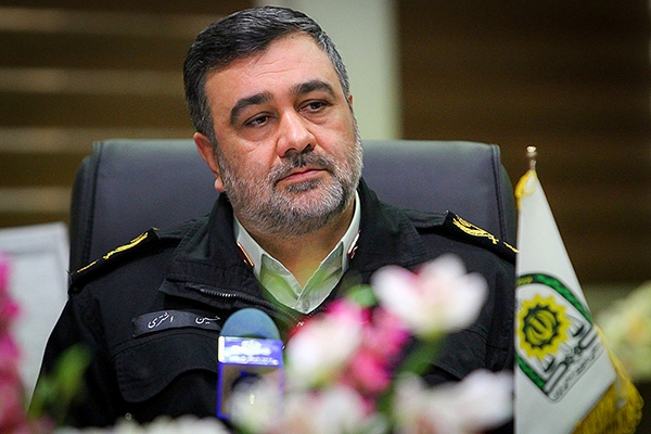 دیدار فرماندهان پلیس با رهبری/تلاش برای تحقق اقتصاد مقاومتی در نیروی انتظامی