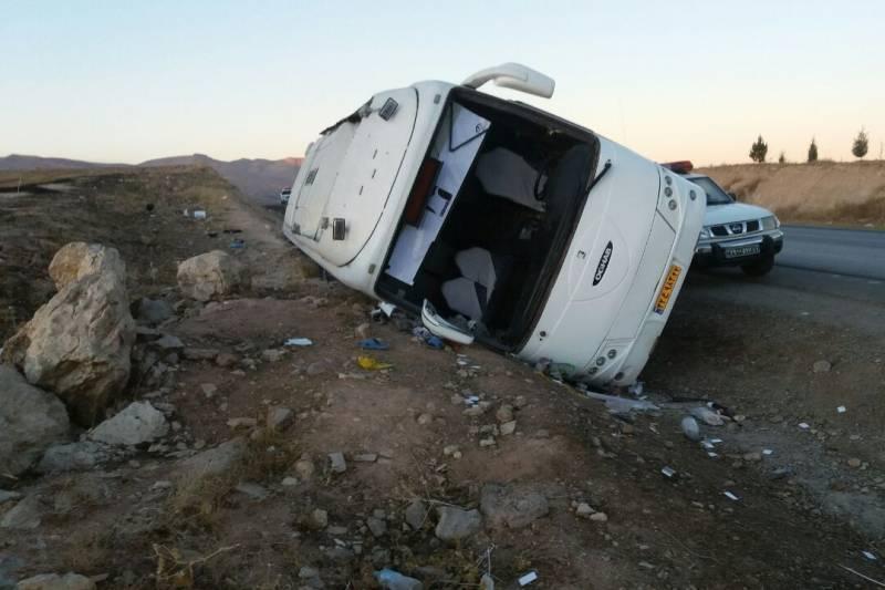 واژگونی اتوبوس زائران کربلا با ۹ مجروح