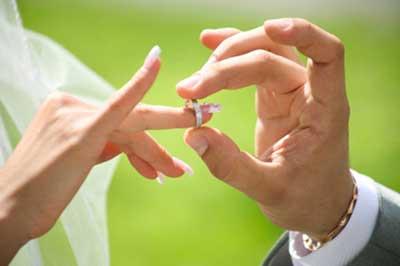حصول ازدواج آسان؛ نیازمند عزم رسانهای/ آرامشی که قربانی قید و بندهای تجملاتی میشود