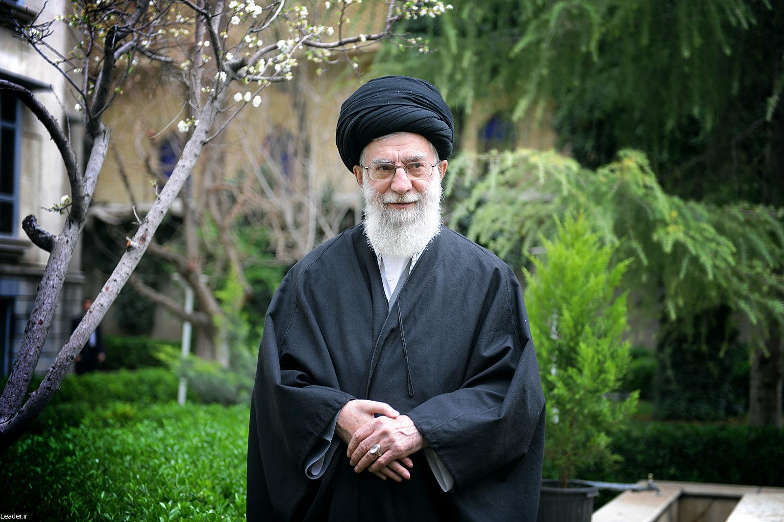 چرا دشمن به شایعه سازی درباره سلامت رهبر انقلاب اسلامی می پردازد