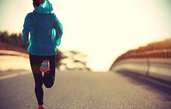 تاثیر ورزش بر کاهش بیماریهای روانی در جوانان