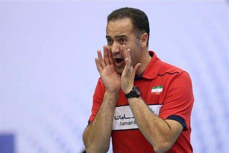 پیمان اکبری از سرمربی گری تیم والیبال پیکان استعفا داد