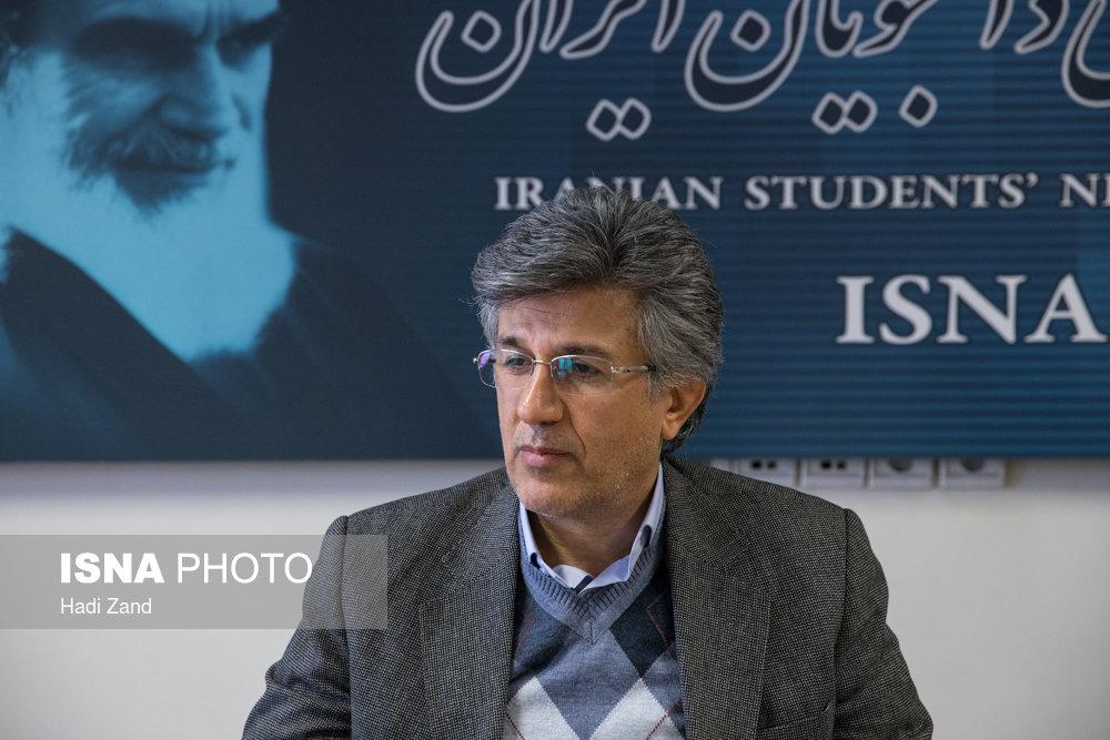 """اقدام برای حذف دفترچه بیمه در بیمارستانها/ کاهش متقاضی """"بیمه سلامت رایگان"""" در تهران"""