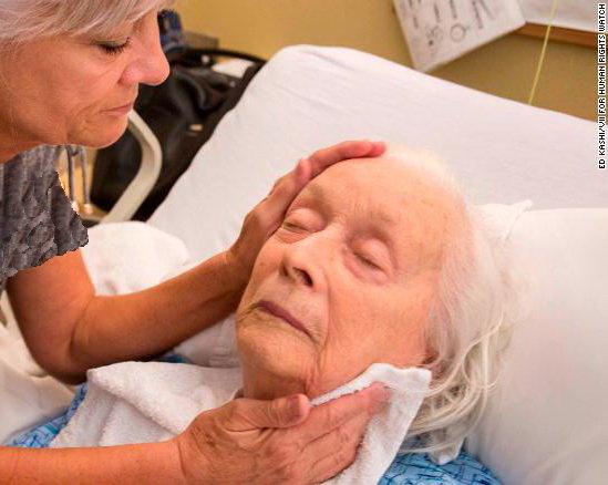 مراکز مراقبتی در آمریکا به سوءرفتار با سالمندان متهم هستند