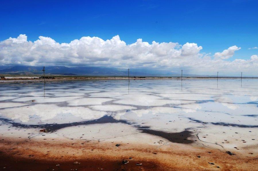 """مقایسه وضعیت خشک شدن دو دریاچه """"نمک"""" و """"ارومیه"""""""