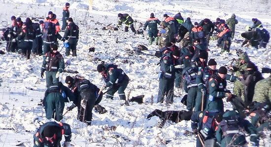 کشف بقایای جسد قربانیان سقوط هواپیما در روسیه