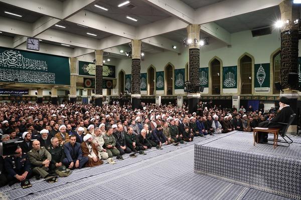 بهمن امسال در سرتاسر کشور، ۲۲بهمن متفاوتی بود/مردم گلهمندند اما پای انقلاب و نظام ایستادهاند