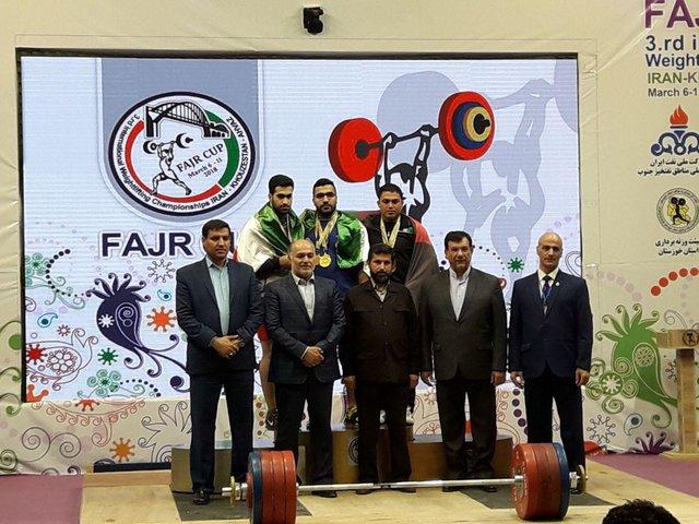 رییس هیات وزنه برداری خوزستان: فدراسیون  جوایز را در فضای مناسبتری پرداخت می کند!