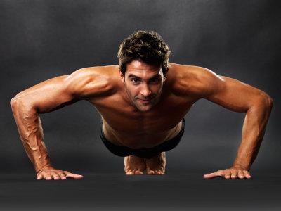 ۸ حرکت ورزشی برای تناسب اندام