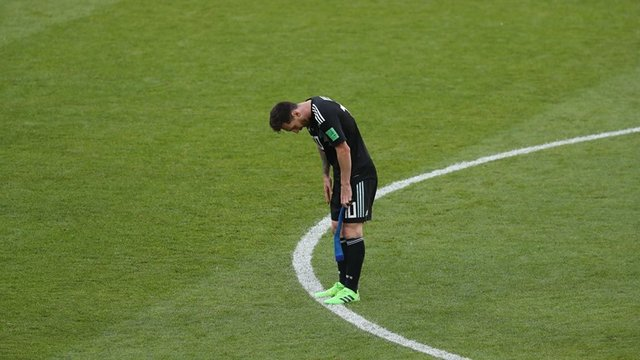 مسی چند پنالتی در تیم ملی از دست داده است؟