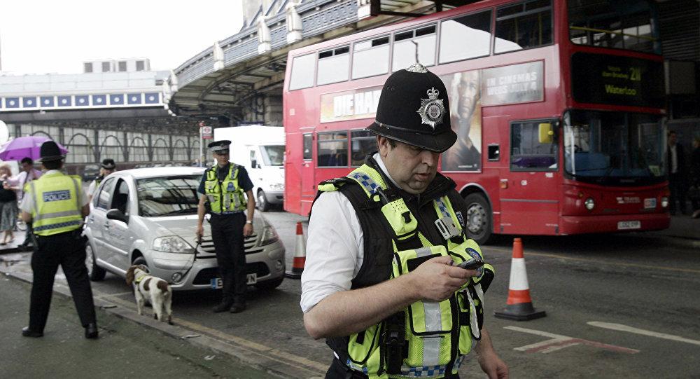 برخورد خودرو با عابران پیاده در لندن