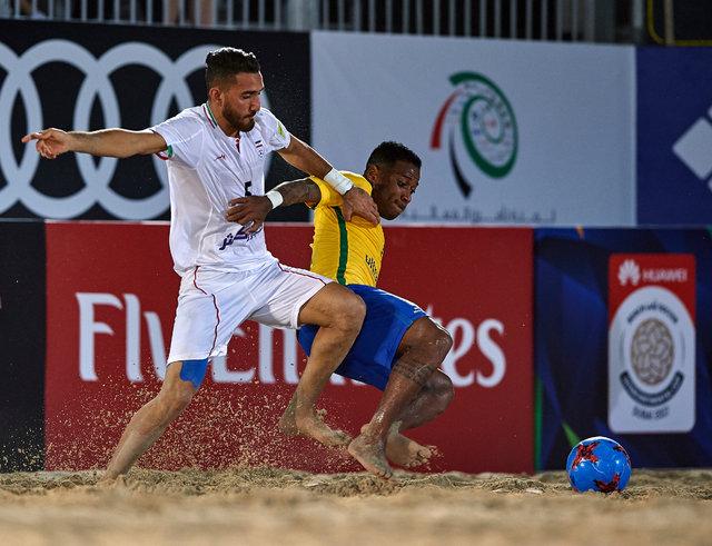 جام بین قارهای فوتبال ساحلی/ عزم ایران برای شکست برزیل