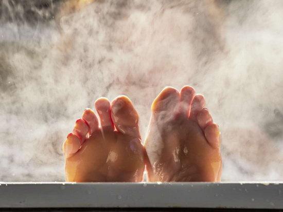 تاثیر حمام آب گرم بر سوختوساز بدن