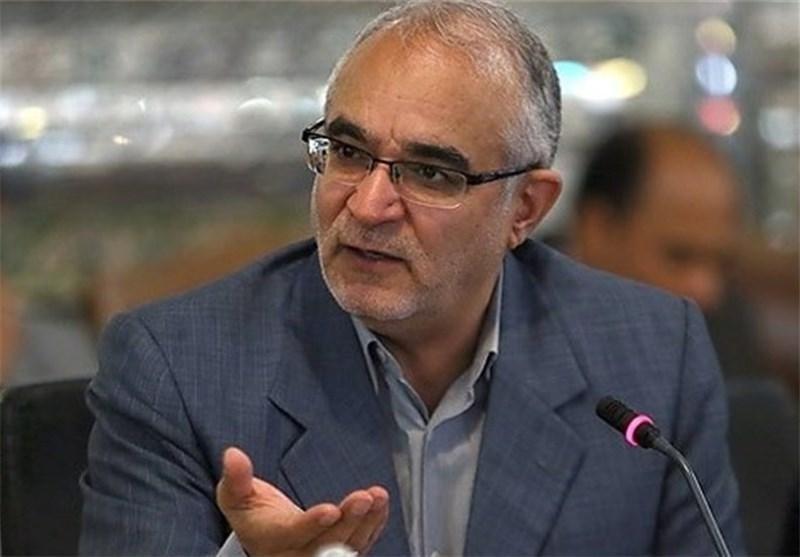 مصری از پاسخهای وزیر دفاع قانع شد