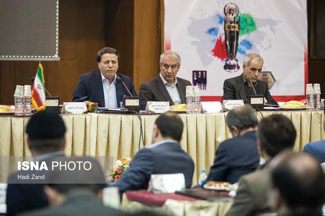 بیانات رهبری پایانی بر چالش بازنشستگی مدیران فوتبال