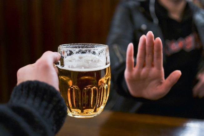 """زنگ خطر جهانی درباره """"الکل"""""""