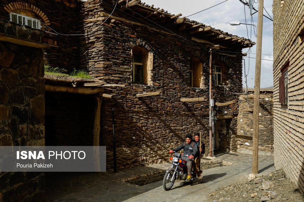 بررسی پرداخت تسهیلات با شرایط آسان به روستاییان