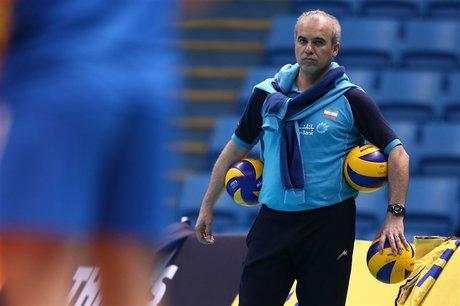خوشخبر: برنامههای تیم ملی والیبال به تاخیر افتاده/ فعلا کولاکوویچ بهترین گزینه است
