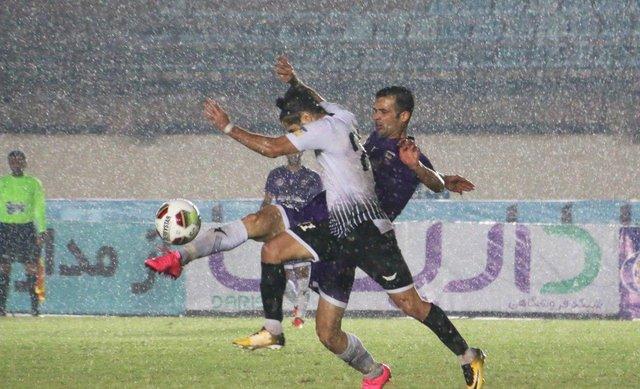 ادامه رقابت جذاب در لیگ یک فوتبال ایران
