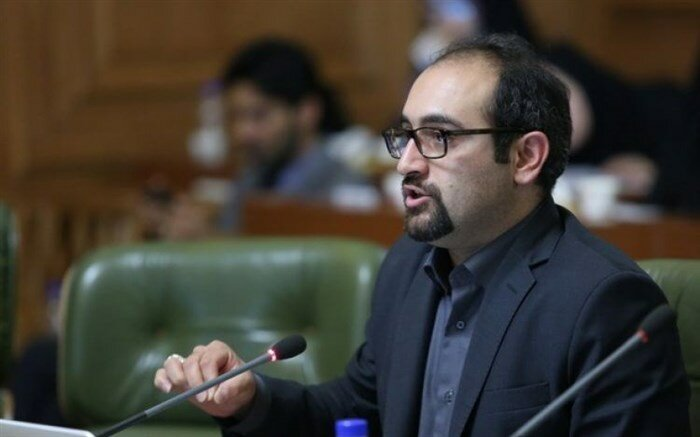 گزارش جوانترین عضو شورای پنجم تهران از عملکرد چهار ساله / انتقاد از طرح صیانت