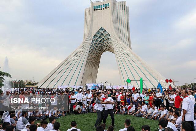مراسم روز جهانی ووشو در میدان آزادی