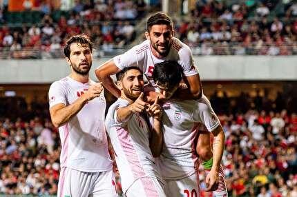 تیم ملی دست از دفاع برداشته/ نباید مقابل بحرین و عراق اینگونه بازی کنیم