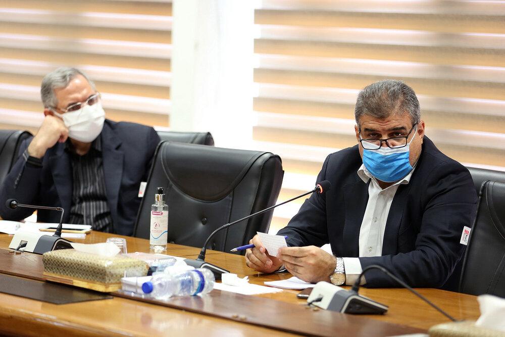 نقل و انتقالات فرهنگیان به پایتخت بسته شد/ استمرار خدمت ۵۰۰۰ معلم بازنشسته