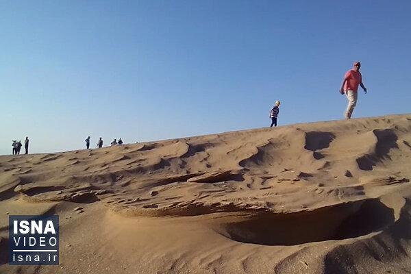 ویدئو / تپههای ماسهای کویر شورآب سمنان