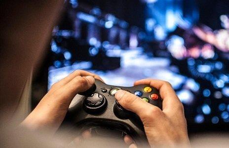 عموم جامعه ورزشهای الکترونیک را تفریح و وقتگذرانی تلقی میکنند