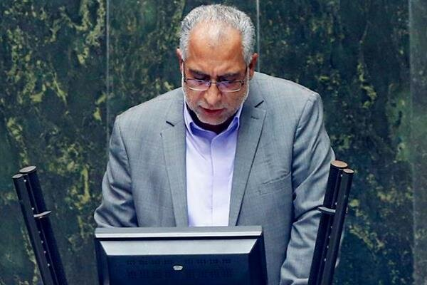 حسین زهی: ملت ایران با حضور به موقع در صحنه مشتی بر دهان یاوهگویان میکوبند