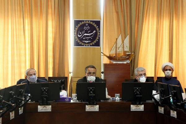 پاسخگویی وزیر راه و شهرسازی به سوالات نمایندگان در کمیسیون عمران