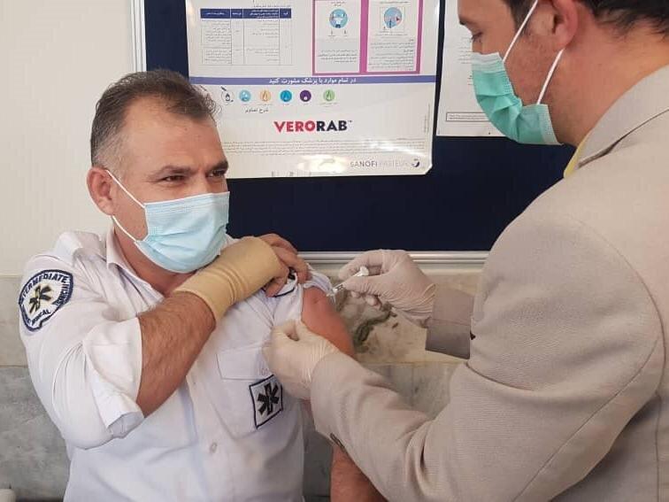 اتمام واکسیناسیون نیروهای اورژانس تهران تا۲هفته آینده/تزریق واکسن اسپوتنیک-وی برای۲۵درصد نیروها