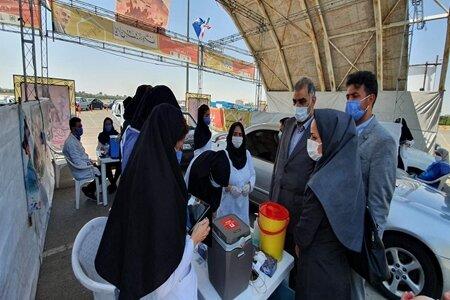 بازدید ناظر ویژه وزیر بهداشت از مرکز تزریق واکسن کرونا در پارک ولایت تهران