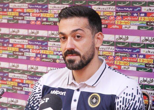 مربی گلگهر: فوتبال روی کثیفش را نشان داد/ به داور و استقلال تبریک میگویم!