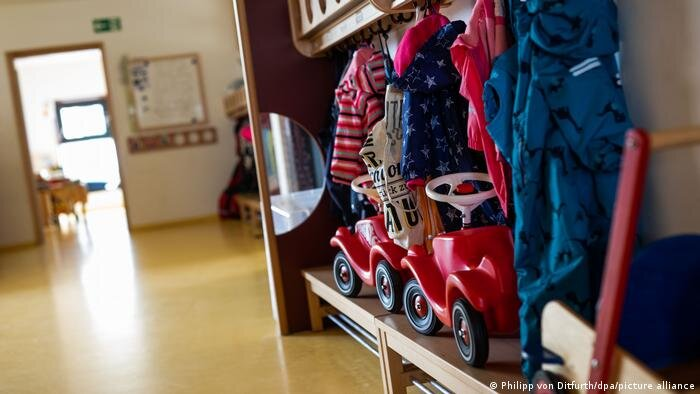 کرونا در آلمان و ۱.۵ میلیون روز مرخصی برای نگهداری از کودکان