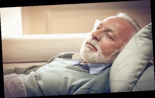 چگونه در هوای خیلی گرم راحت تر بخوابیم؟